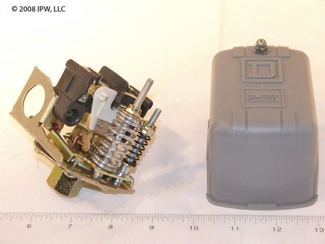 Schneider Electric (Square D) 9013FSG2J24 2-POLE #SWITCH 40-60# OPEN-HI